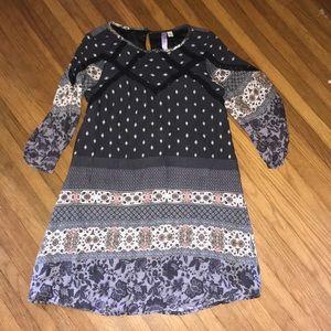 Alya Nordstrom's bell sleeve boho dress 🌻🌿